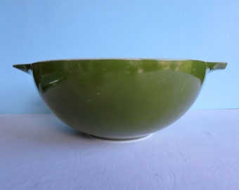 Vintage Green Pyrex Tab Bowl - Avocado Green - Large Bowl - 444 Pyrex Bowl