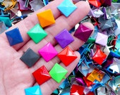 Colorful Rivet Mix / Assorted Metal Pyramid Rivet Studs / Square Rivet (12mm / around 50pcs) Decoden Fabric Leather Craft Jean Button RT40
