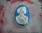 Blue Cameo Brooch/Pin
