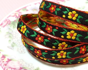 Vibrant Bohemian Jacquard Ribbon, Retro Sewing Trim, Yellow Red Daisies on Black, Flower Power Narrow Jacquard Trim, 1 Yards