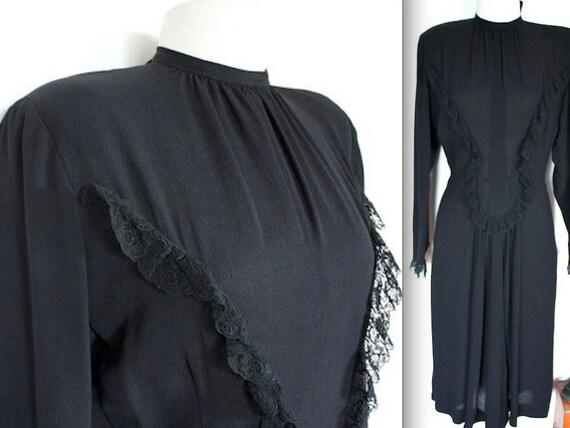 SALE Vintage 1940s Dress // 40s MOLLIE PARNIS Black Crepe Evening Dress with Ruffles // Designer // Lace Trim