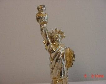 Vintage Metal Statue Of Liberty Souvenir   16 - 431