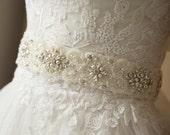 Pearl Bridal Belt, Crystal Wedding belt, Wedding belts and sashes, Bridal Accessories, Rhinestone belt, Lace belt, Bridal Belt Sash