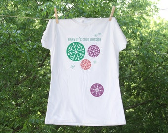 Maternity Shirt // Baby it's cold outside // Christmas Retro Winter Snowflake
