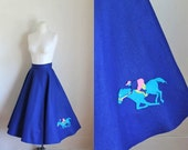 50% OFF... last call // vintage 1950s novelty circle skirt - GALLOPING HORSE blue applique skirt / m