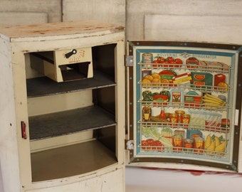 Vintage Wolverine Toy Refrigerator, Stocked with Lithographed Groceries, Polar Refrigerator, Toys and Games, Toy Kitchen, Vintage Toy