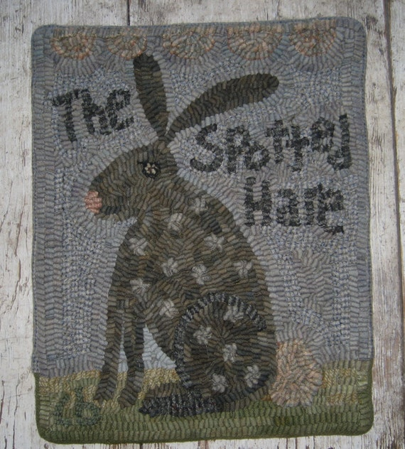 Dog Eating Wool Rug: Primitive Rug Hooking PatternSpotted Hare