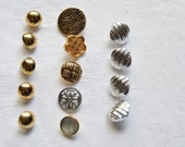 14 Vintage Buttons, Silver Gold Tone, Metal Effect Buttons, Circles, Sewing Notions, Vintage Sewing Supplies, UK Buttons,Small Buttons