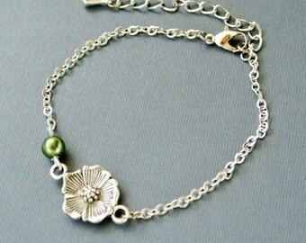 Flower Pendant Bracelet, Flower Bracelet, Flower Jewelry, Pearl Bracelet, Floral bracelet