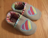 baby girls shoes rainbow hearts size 5/ 12-18 months