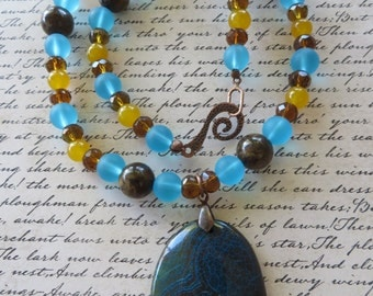 Blue Glass Honey Jade Bronzite and Crystal Beaded Necklace with Agate Pendant