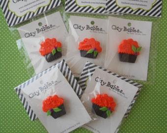 FREE SHIPPING! Polymer Clay Halloween/Fall Cupcake - PIN