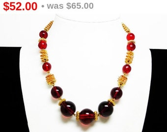 Art Deco Red Bead Necklace - Spiral Goldtone Metal Beads - Big Glass Beads - Vintage Choker Style Necklace