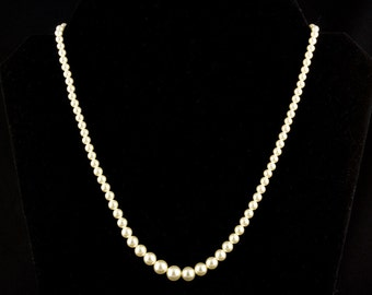 Vintage Faux Pearl Necklace with 92.5 Sterling Silver fishhook Clasp