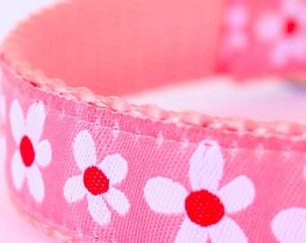 Daisies on Pink Dog Collar, Adjustable Pet Collar, Ribbon Dog Collar, Cottage Chic