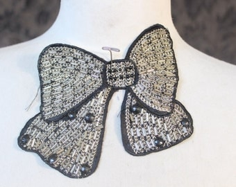 Cute embroidered  and beaded  bow applique black   color  1   piece listing