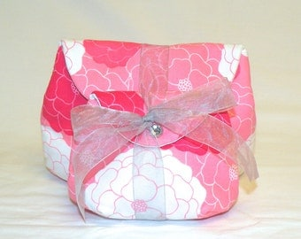 Classic Make-Up Bag Set in a Pink and White Floral Print