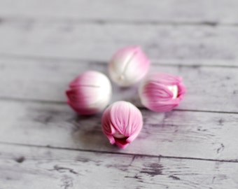 Flower beads, Pink Tulip beads,flower pendants, focal beads, statement beads, pearl pink and white flowers, large beads, polymer clay 4 pcs