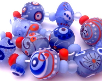 Eskimo Kisses - Handmade Lampwork Glass Bead Set (31) by Anne Schelling, SRA