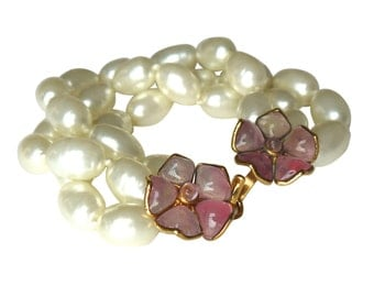 CHANEL Pink Gripoix Flower and Pearl Bracelet