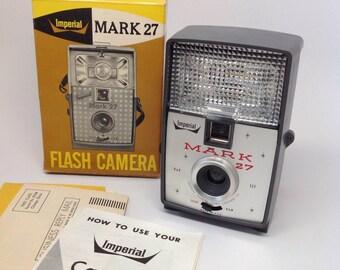 CAMERA, Vintage IMPERIAL Mark 27 in Original Box