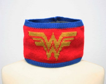 Wonder Woman Scarf Collar