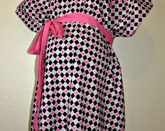 Winnie LINED Maternity Hospital Gown - Black Grey and Hot Pink Tile Pattern - Lined in the Color of Your Choice- by Mommy Moxie