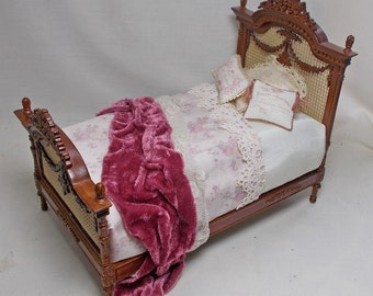 """Dolls house miniature ## SALE ## Bespaq """"JEANNE"""" Swag Bed in Walnut with Pink. Dressed by Val Harper of Unique Miniatures."""