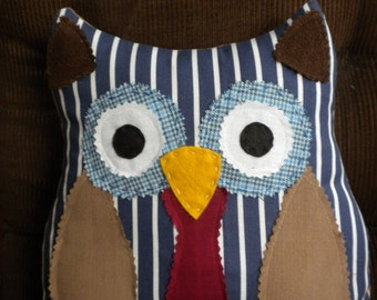 Dr Who, stuffed toy, pillow pal, handmade owl,Dr Who pillow, room decor, decorative pillow, baby gift, childs toy,owl friend