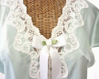Secret Treasure Nightgown Aqua Green White Lace Faux Pearls