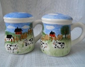 Country Mugs Salt and Pepper Shakers - vintage, collectible, country