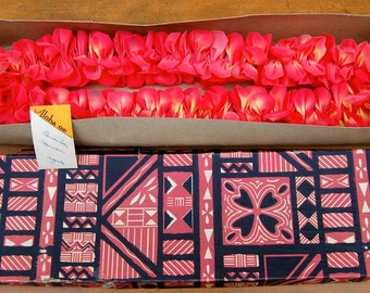 Hard to find vintage souvenir from Hawaii. Beautiful floral Lei still stitched in its original box. Nice card and the box is marked Hawaii.