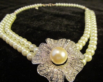 Double Strand White Pearl and Crystal Flower Princess length neclas