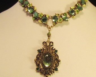 Modern Baroque Green and Gold Necklace