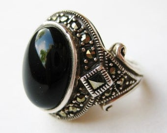 Vintage Ring Jeweled Onyx Marcasite Art Deco Sterling Silver Cocktail Ring size 6 1/2