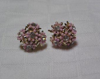 Vintage pink flowers rhinestone centers bouquet bridal spring screw back earrings