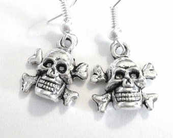 Silver Skull And Crossbones Earrings Skull Jewelry Silver Jolly Roger Pirates 182