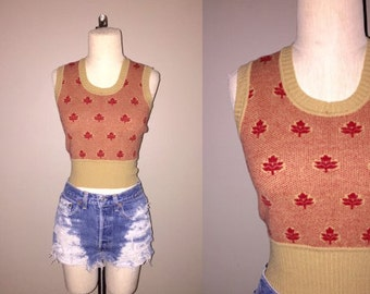 Vintage 60's RED LEAF patterned cropped sweater knit vest top - XS / S