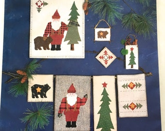 Northwoods Santa #206 by Wild Goose Chase Appliqué Quilt Hanging Ornaments Bear Tree