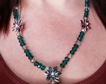 Crystal Glass Beaded Necklace with Gemstone flowers
