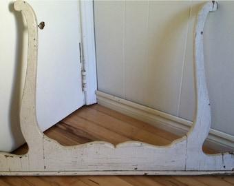 Antique white mirror frame