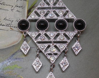 Sarah Coventry Art Deco Black & White Dangle Brooch    MCG43