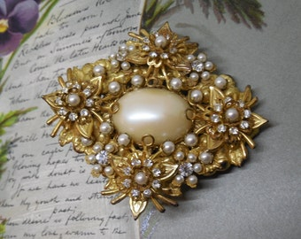 MIRIAM HASKELL Russian Gold Pearl & Rhinestone Brooch