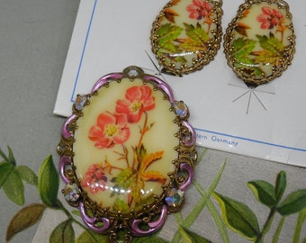 West Germany Gold Filigree & Floral Cabochon Brooch and Earrings Set