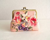 Lovely floral frame purse - pink Japanese fabric. floral bouquet. novelty.