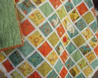 Mind your P's and Q's......A Fray Edge Baby/Toddler Quilt........Ready to Ship