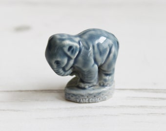 Wade Whimsies - Elephant Grey Circus Animals   - Miniature Figurine