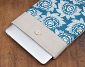 70% OFF SALE White Linen MacBook Case. Case for MacBook 15 Pro Retina. Sleeve for MacBook 15 Pro with flowers pocket. MacBook Cover