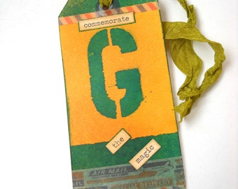 Preppy School Colours Tag, Altered Tag, Mixed Media Tag