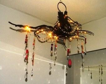 treibholz wurzel kronleuchter mit kristallen von bearlyrusticcabin. Black Bedroom Furniture Sets. Home Design Ideas